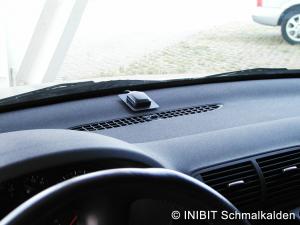 TravelControl Einbau GPS-Antenne im Audi