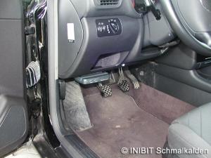 TravelControl Einbau Fahrzeuggerät im Audi